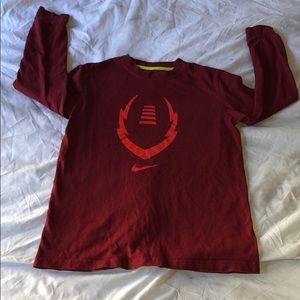 Boys Nike burgundy long sleeve shirt - Medium
